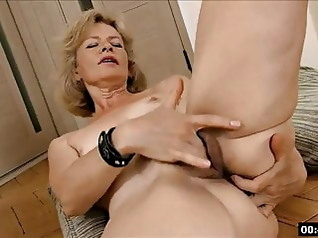 blonde fingering hairy